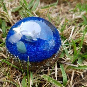 Ondorama orgonite detente demi-sphere 4cm bleue