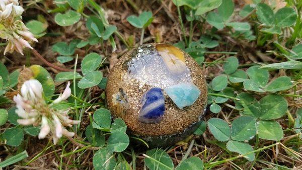 Ondorama orgonite prosperite demi-sphere 4cm dorée