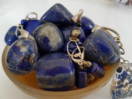 lapis lazuli ondorama bien etre pierres roulées etc...