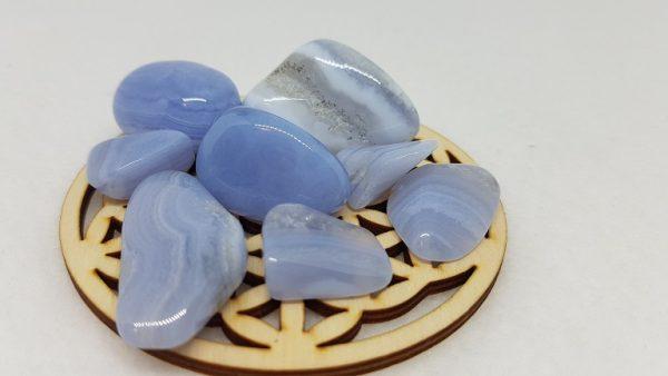 calcedoine bleue pierre roulee ondorama bien etre