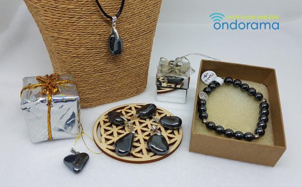 Hématite coffret cadeau pendentif et bracelet ondorama bien etre