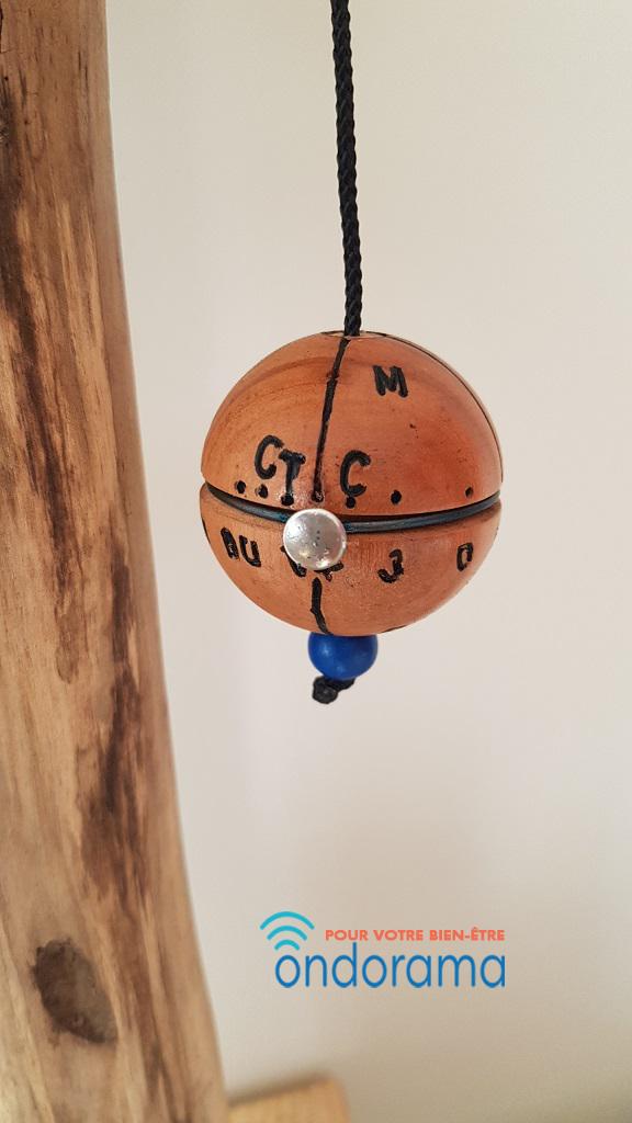 pendule équatorial 36 couleurs en bois d'olivier ondorama bien etre